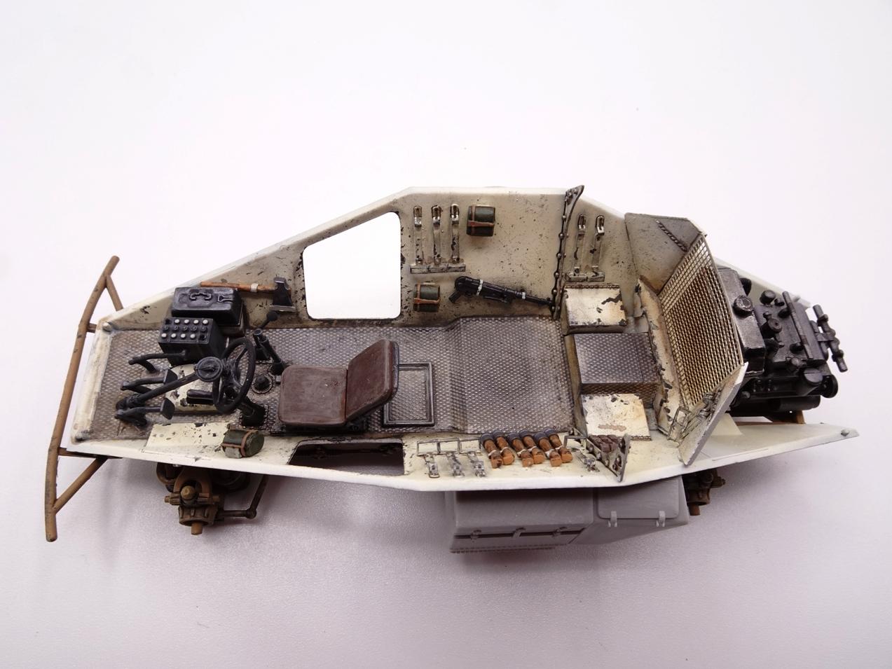 [Hobby Boss 1/35°] Sd.Kfz. 222 Leichter Panzerspähwagen - Page 2 222-0205-3