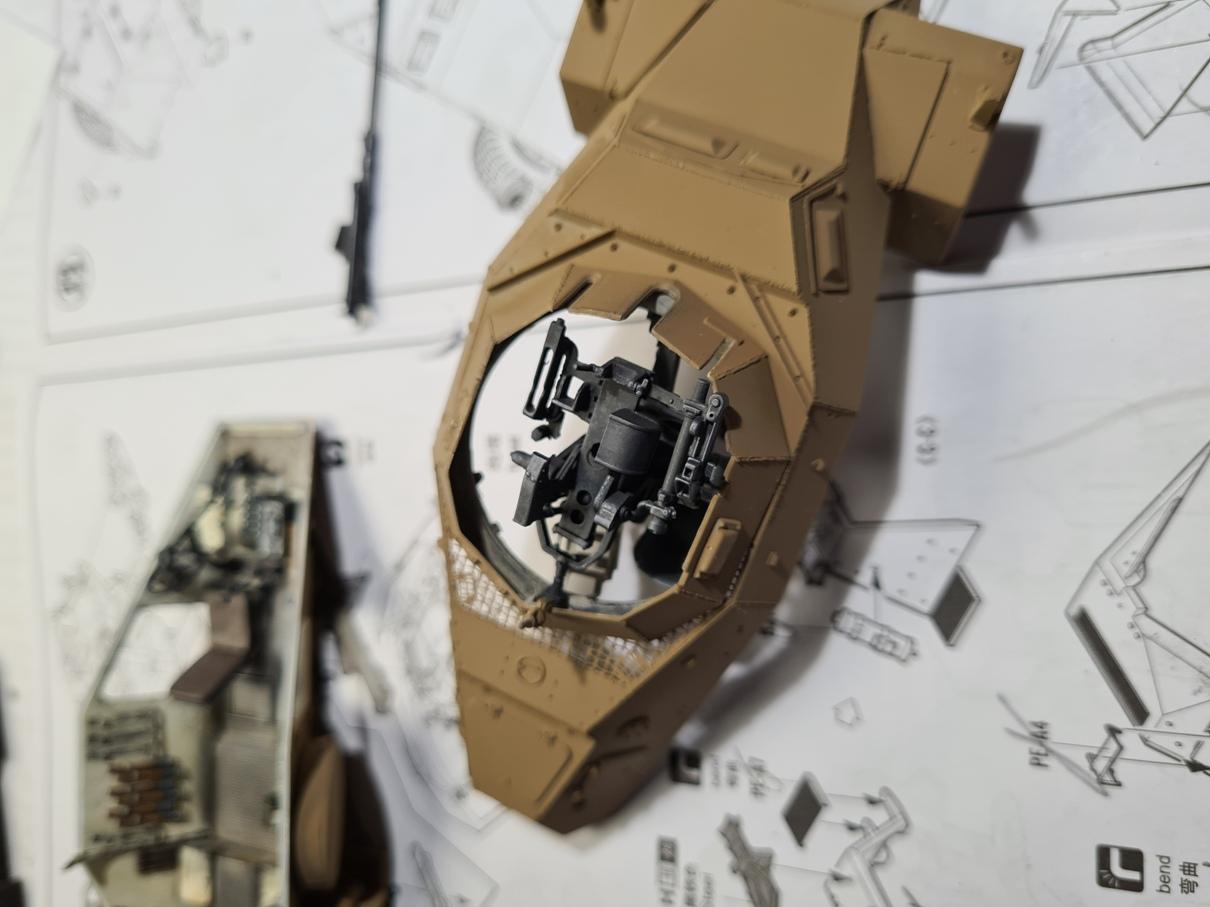 [Hobby Boss 1/35°] Sd.Kfz. 222 Leichter Panzerspähwagen - Page 2 222-0905-2