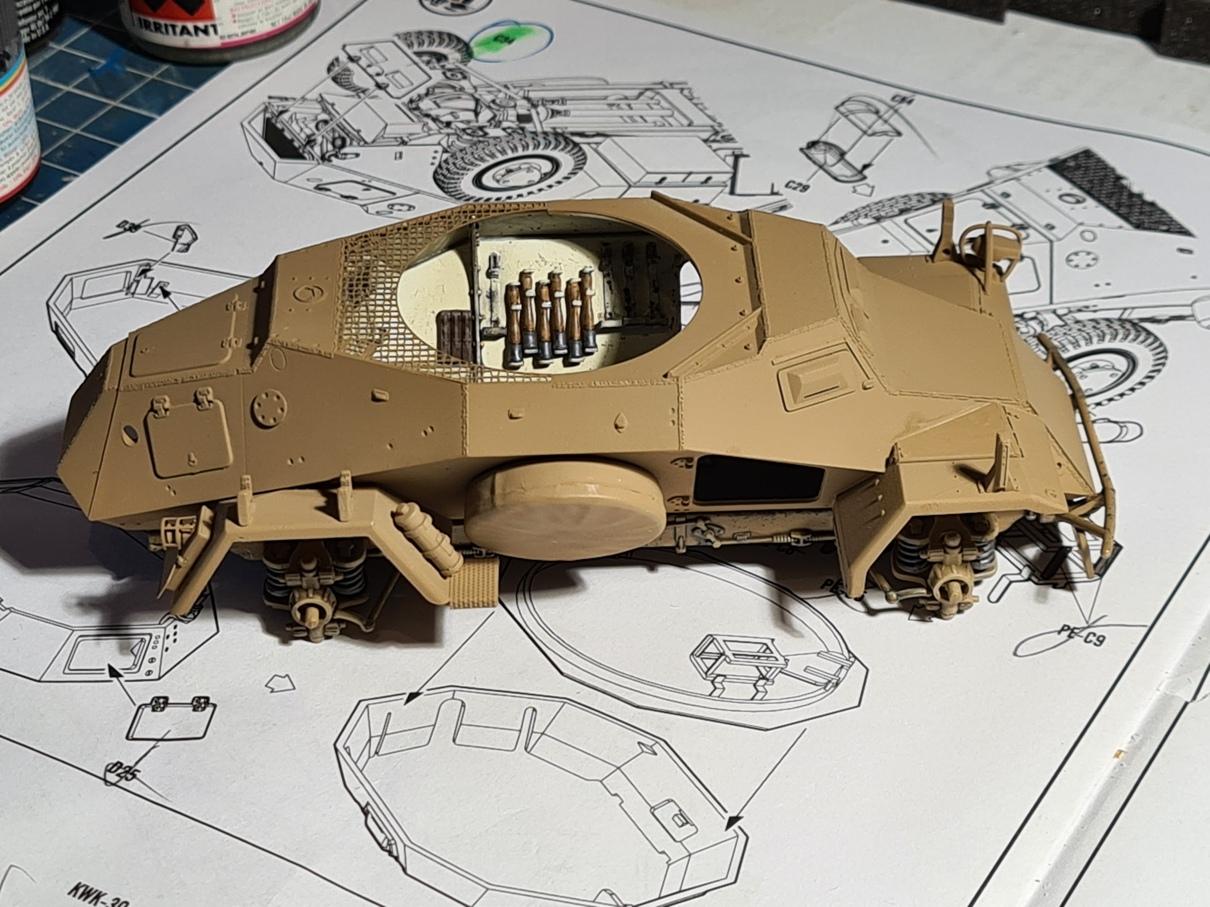 [Hobby Boss 1/35°] Sd.Kfz. 222 Leichter Panzerspähwagen - Page 2 222-0905-3