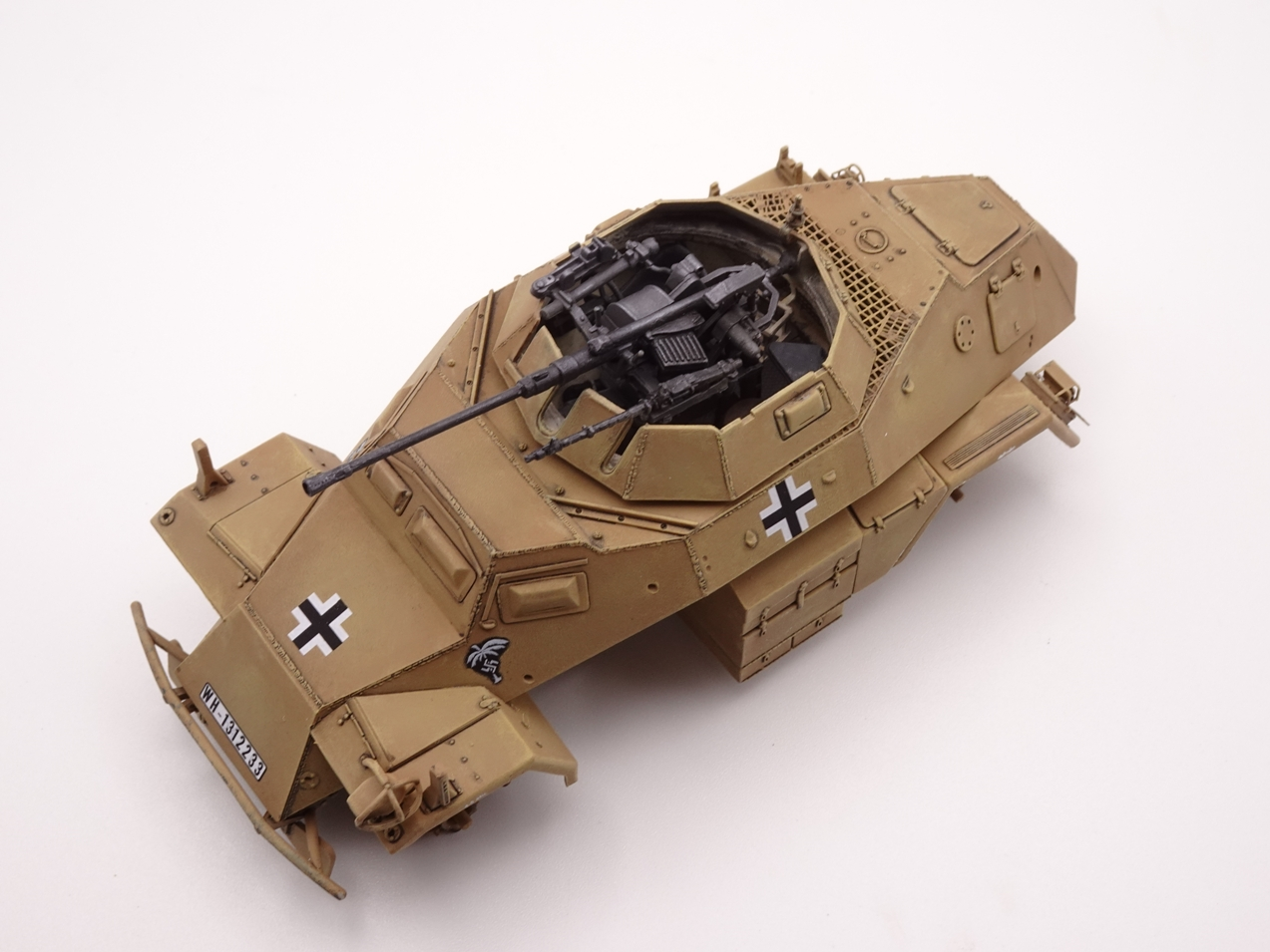 [Hobby Boss 1/35°] Sd.Kfz. 222 Leichter Panzerspähwagen - Page 2 222-3005-5