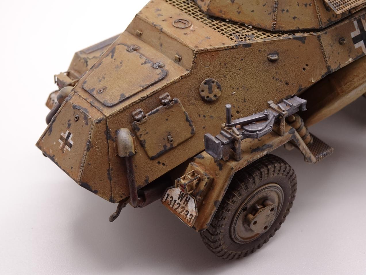 [Hobby Boss 1/35°] Sd.Kfz. 222 Leichter Panzerspähwagen - Page 3 222-fin-9