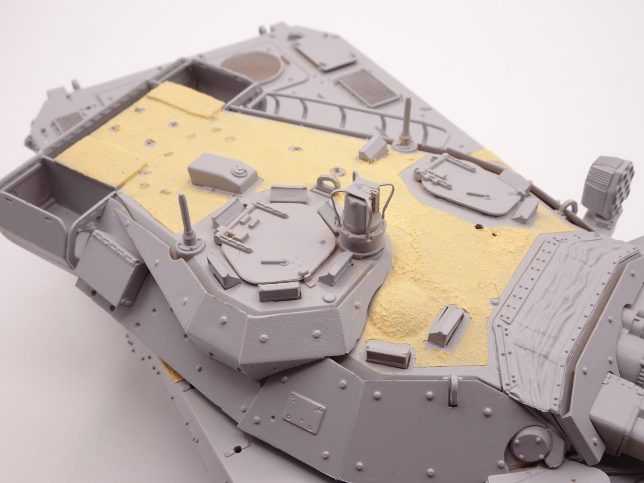 [Tiger Model] AMX-10RCR réf. 4602 - 1/35 - Page 3 Amw10-2807-3