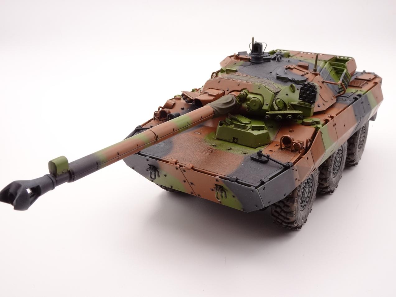 [Tiger Model] AMX-10RCR réf. 4602 - 1/35 - Page 4 Amx10-0908-1