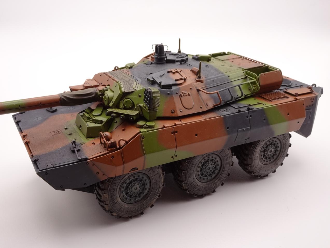 [Tiger Model] AMX-10RCR réf. 4602 - 1/35 - Page 4 Amx10-0908-2