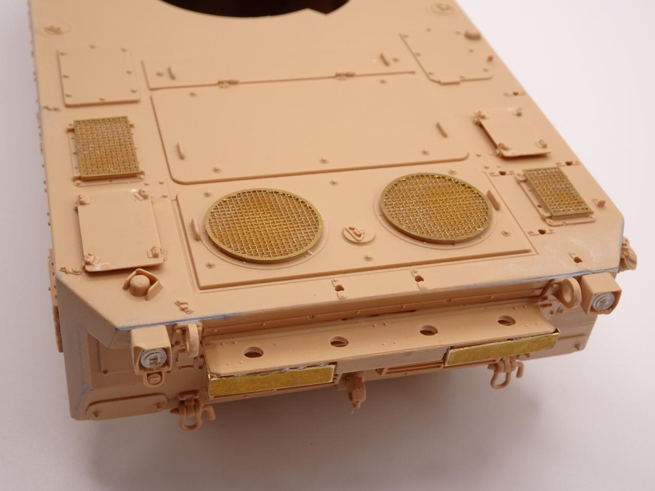 [Tiger Model] AMX-10RCR réf. 4602 - 1/35 - Page 2 Amx10-1407-3