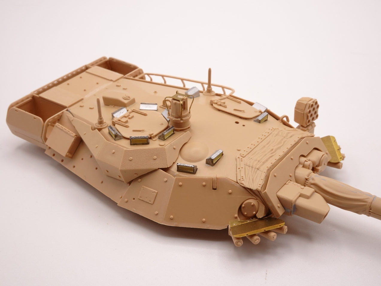 [Tiger Model] AMX-10RCR réf. 4602 - 1/35 - Page 2 Amx10-1907-8