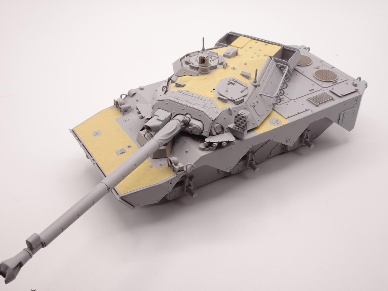 [Tiger Model] AMX-10RCR réf. 4602 - 1/35 - Page 3 Amx10-2807-1