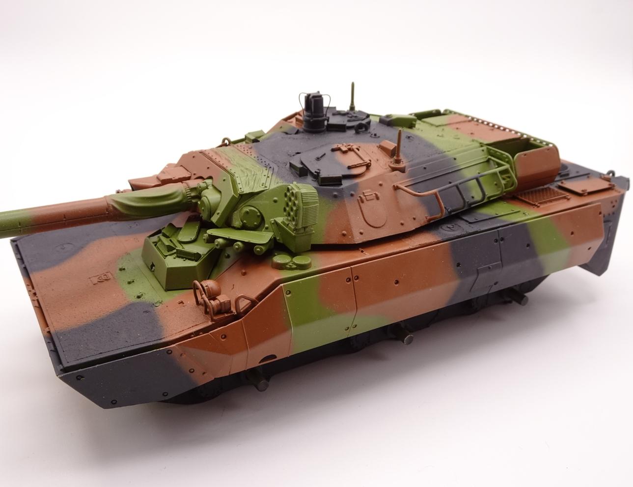 [Tiger Model] AMX-10RCR réf. 4602 - 1/35 - Page 3 Amx10-camo-4