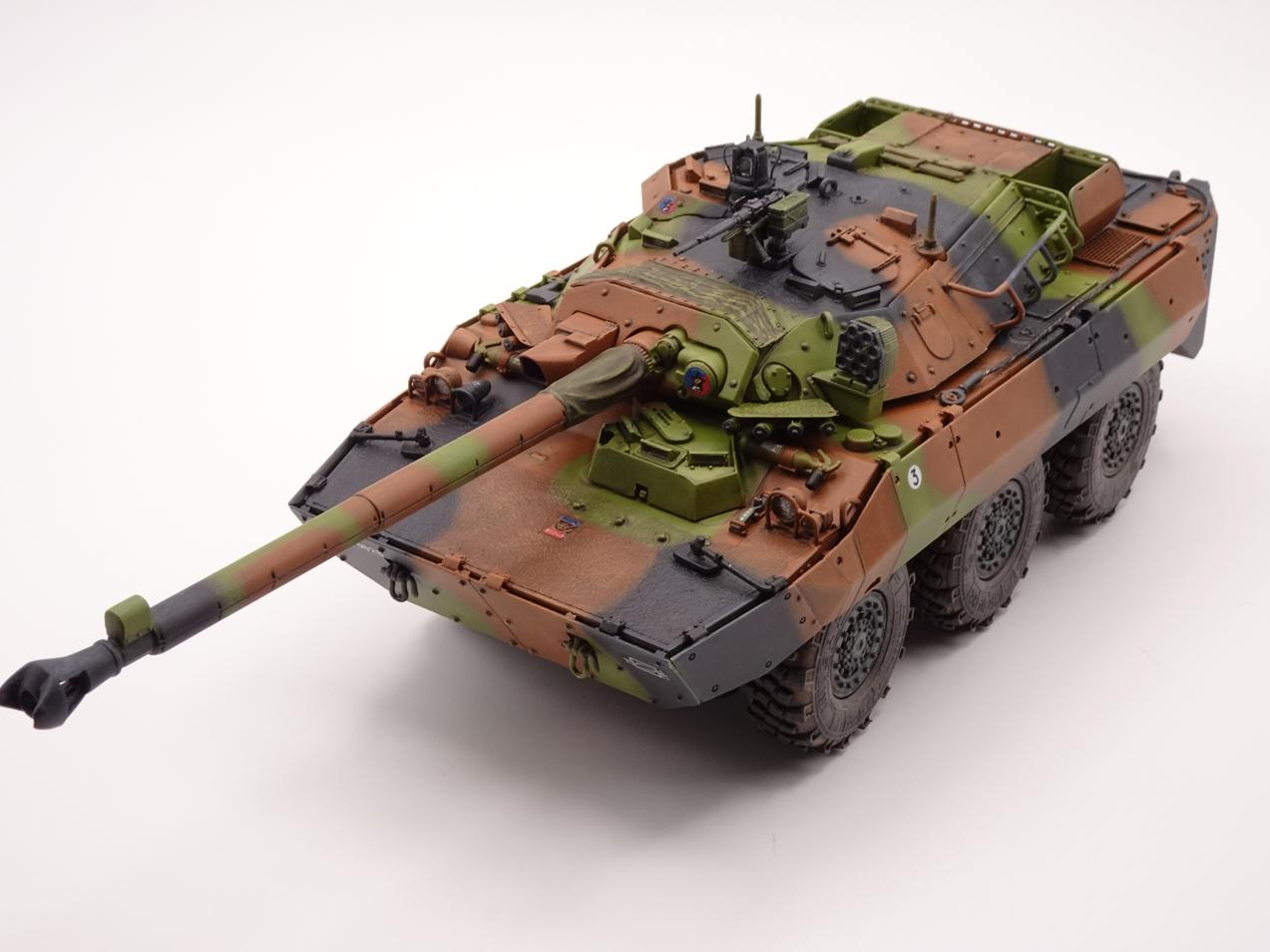 [Tiger Model] AMX-10RCR réf. 4602 - 1/35 - Page 4 Amx10-fin-1