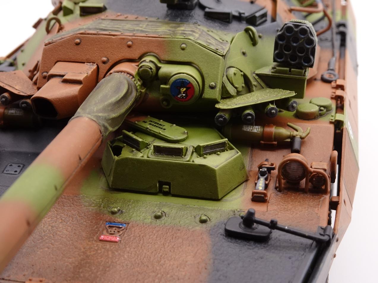 [Tiger Model] AMX-10RCR réf. 4602 - 1/35 - Page 4 Amx10-fin-11