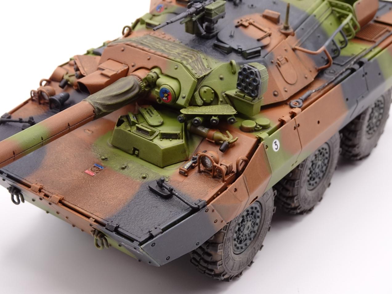 [Tiger Model] AMX-10RCR réf. 4602 - 1/35 - Page 4 Amx10-fin-4