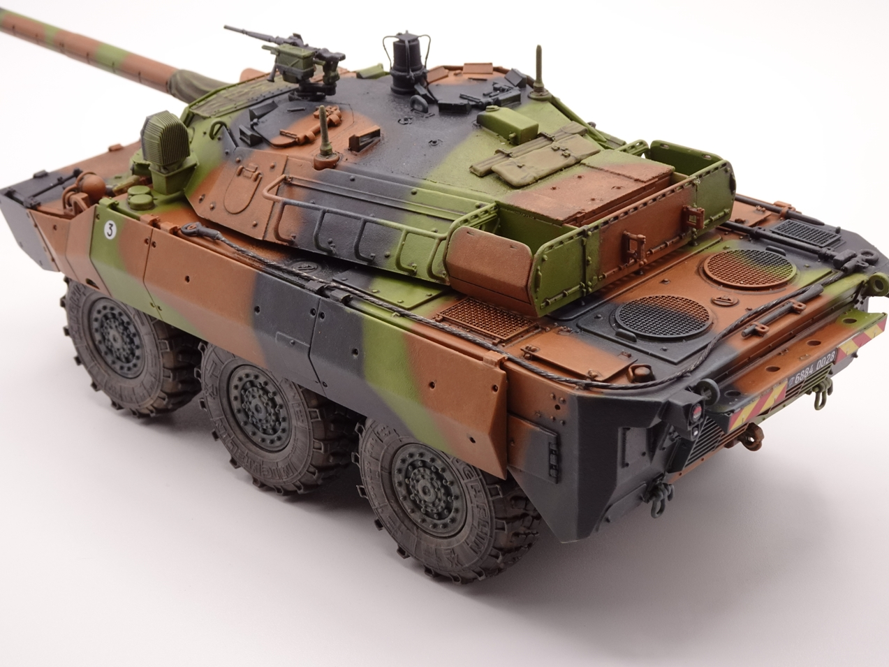 [Tiger Model] AMX-10RCR réf. 4602 - 1/35 - Page 4 Amx10-fin-5