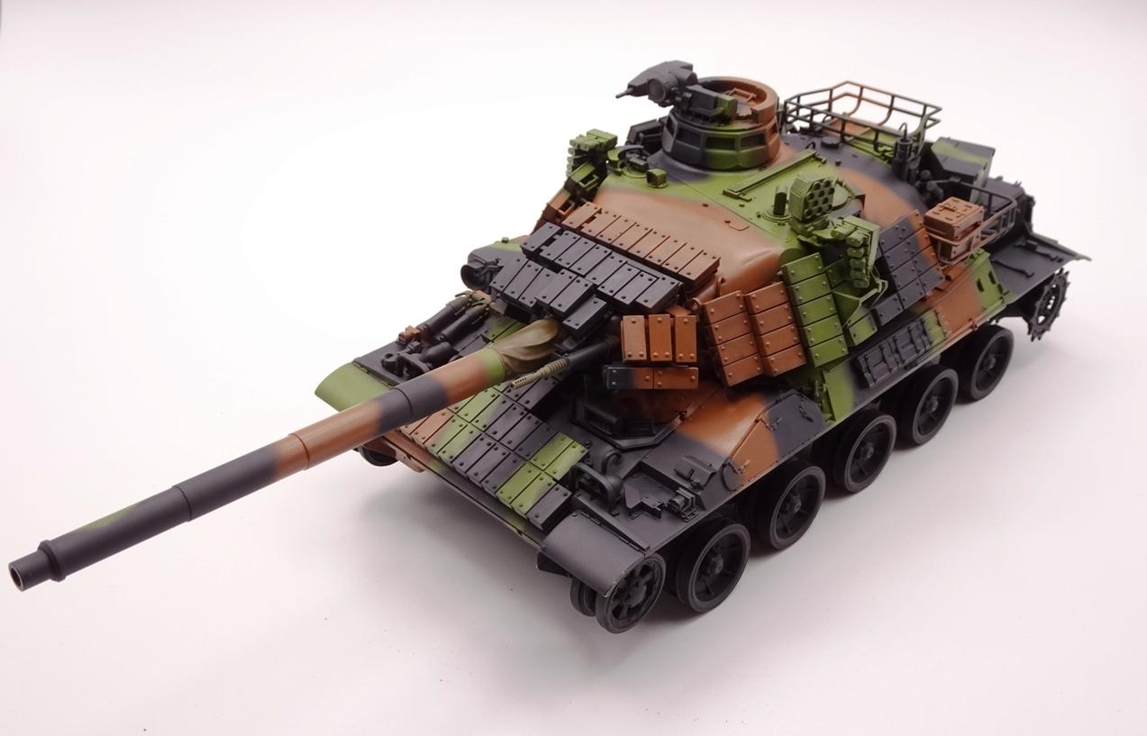 [Tiger Model 1/35] AMX-30 B2 Brennus - Page 4 AMX30-camo-avga