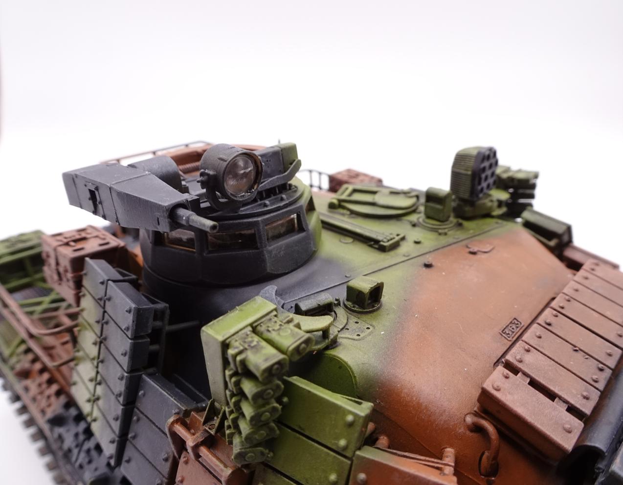 [Tiger Model 1/35] AMX-30 B2 Brennus - Page 5 AMX30-fin-16