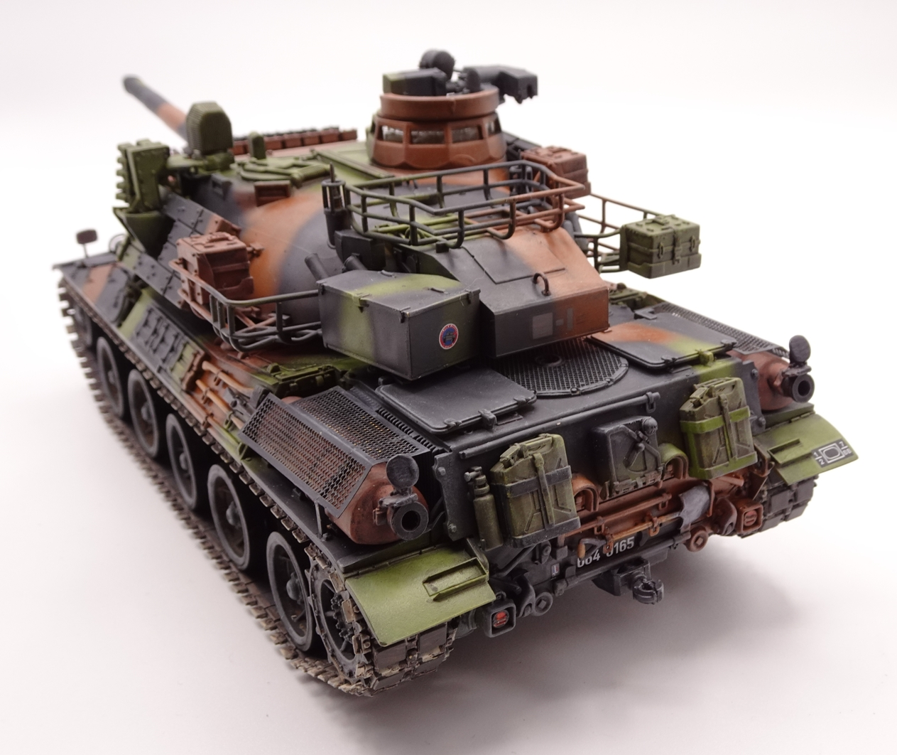 [Tiger Model 1/35] AMX-30 B2 Brennus - Page 5 AMX30-fin-6