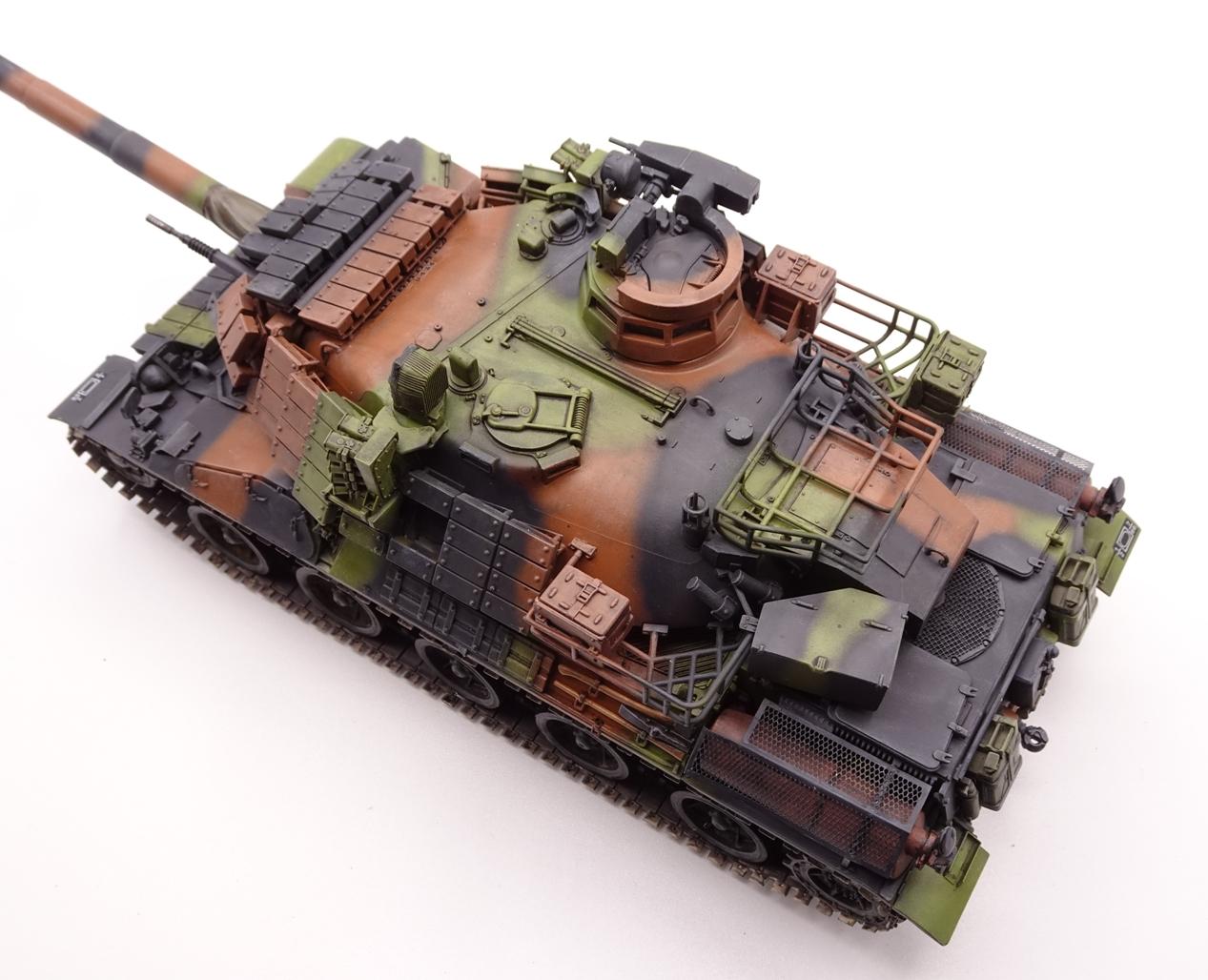 [Tiger Model 1/35] AMX-30 B2 Brennus - Page 5 AMX30-fin-8