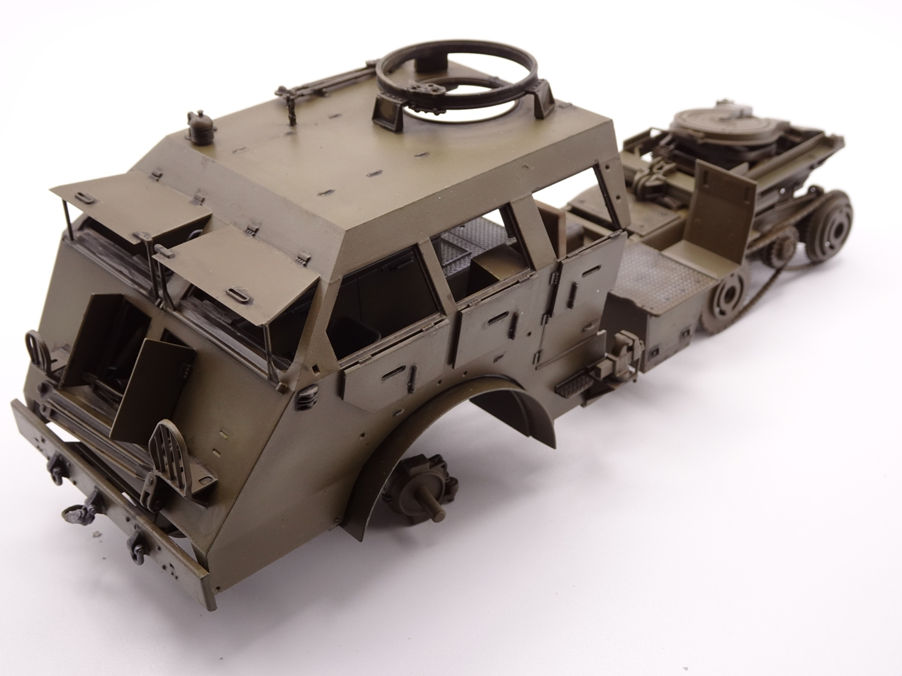 [Tamiya 1/35] M26 Armored tank recovery vehicle réf. 35244 - Page 2 M26-1110-9