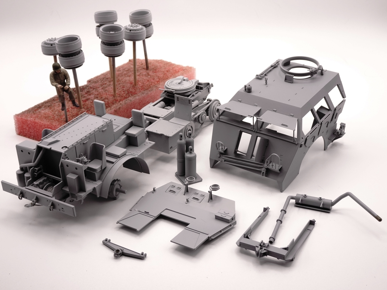 [Tamiya 1/35] M26 Armored tank recovery vehicle réf. 35244 - Page 2 M26-2709-1