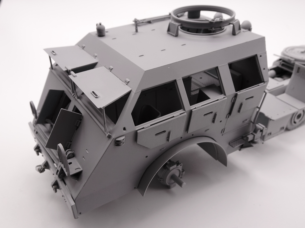 [Tamiya 1/35] M26 Armored tank recovery vehicle réf. 35244 - Page 2 M26-2709-4