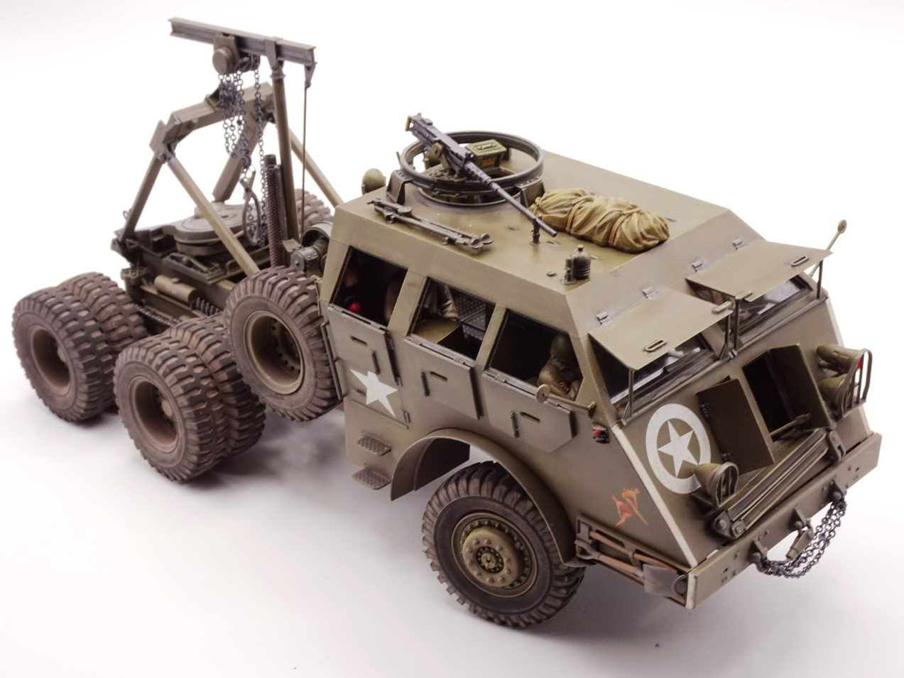 [Tamiya 1/35] M26 Armored tank recovery vehicle réf. 35244 - Page 4 M26-fin-1