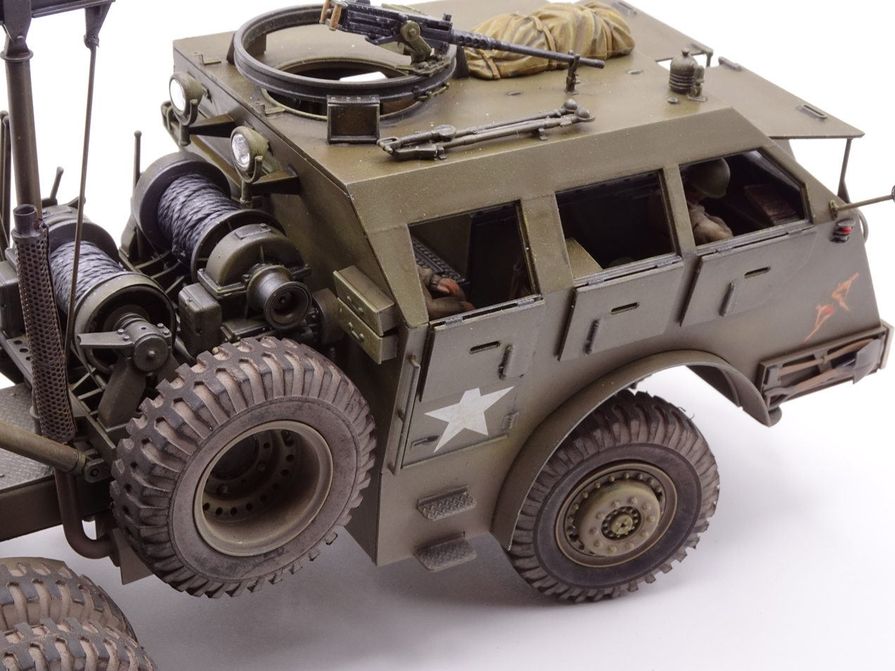 [Tamiya 1/35] M26 Armored tank recovery vehicle réf. 35244 - Page 4 M26-fin-11