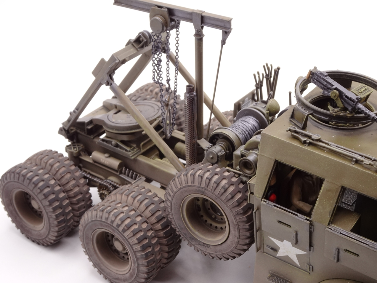 [Tamiya 1/35] M26 Armored tank recovery vehicle réf. 35244 - Page 4 M26-fin-3