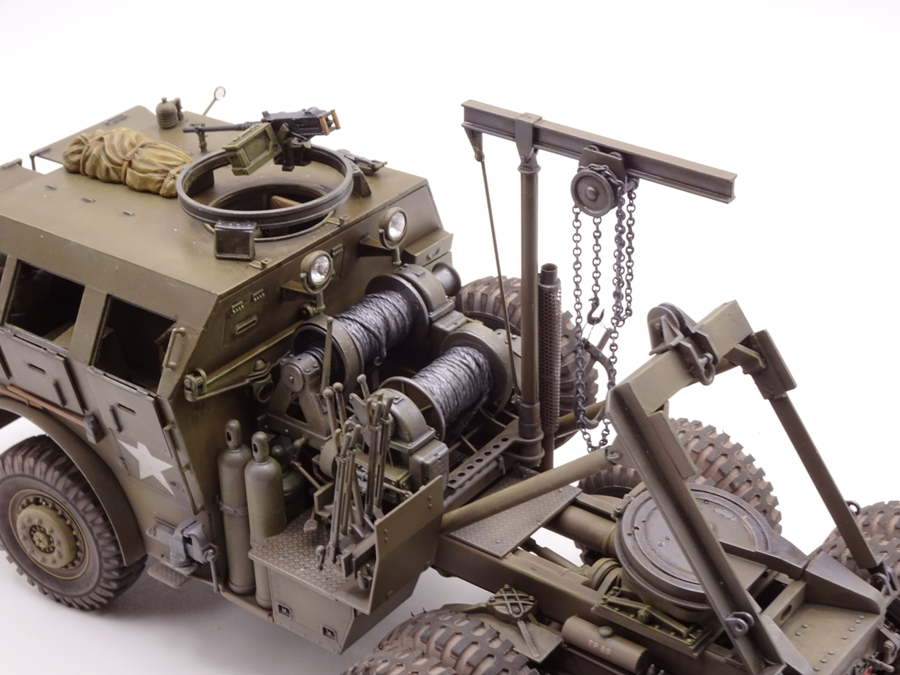 [Tamiya 1/35] M26 Armored tank recovery vehicle réf. 35244 - Page 4 M26-fin-9