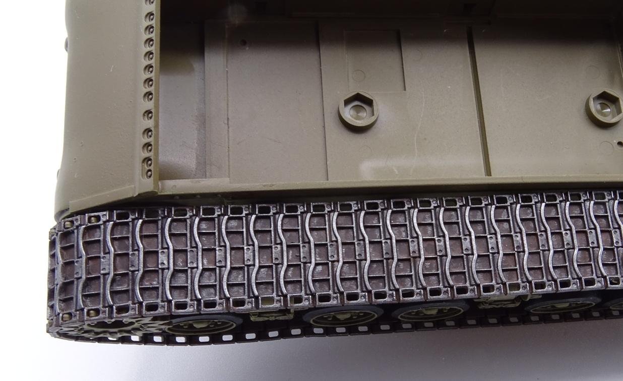 [Tamiya 1/35] Sherman M4A3E8 - Terminé - Page 2 M4A3-chenille3