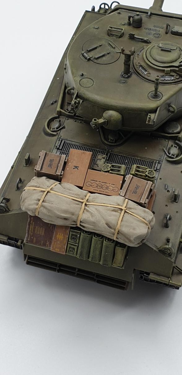 [Tamiya 1/35] Sherman M4A3E8 - Terminé - Page 4 M4A3-essailegend
