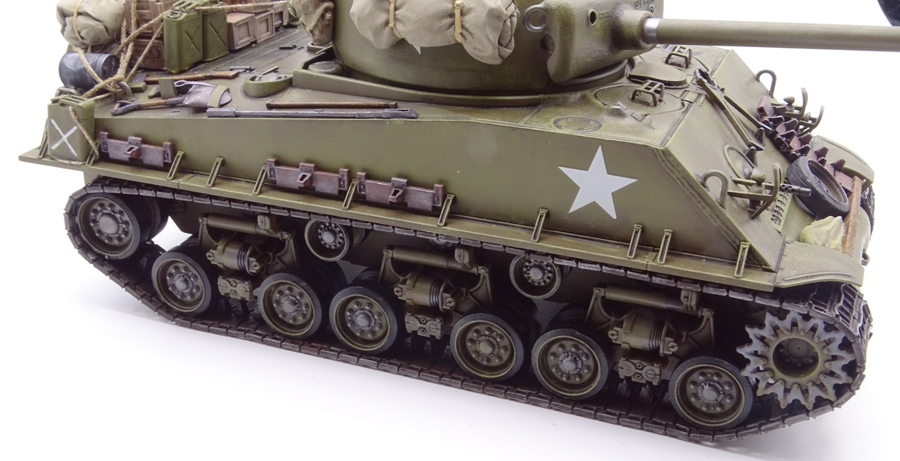 [Tamiya 1/35] Sherman M4A3E8 - Terminé - Page 4 M4A3-fin-14