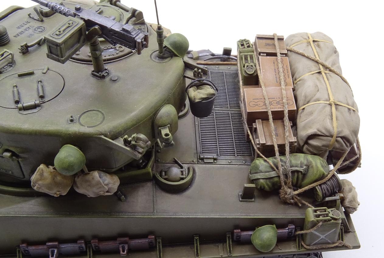 [Tamiya 1/35] Sherman M4A3E8 - Terminé - Page 4 M4A3-fin-8