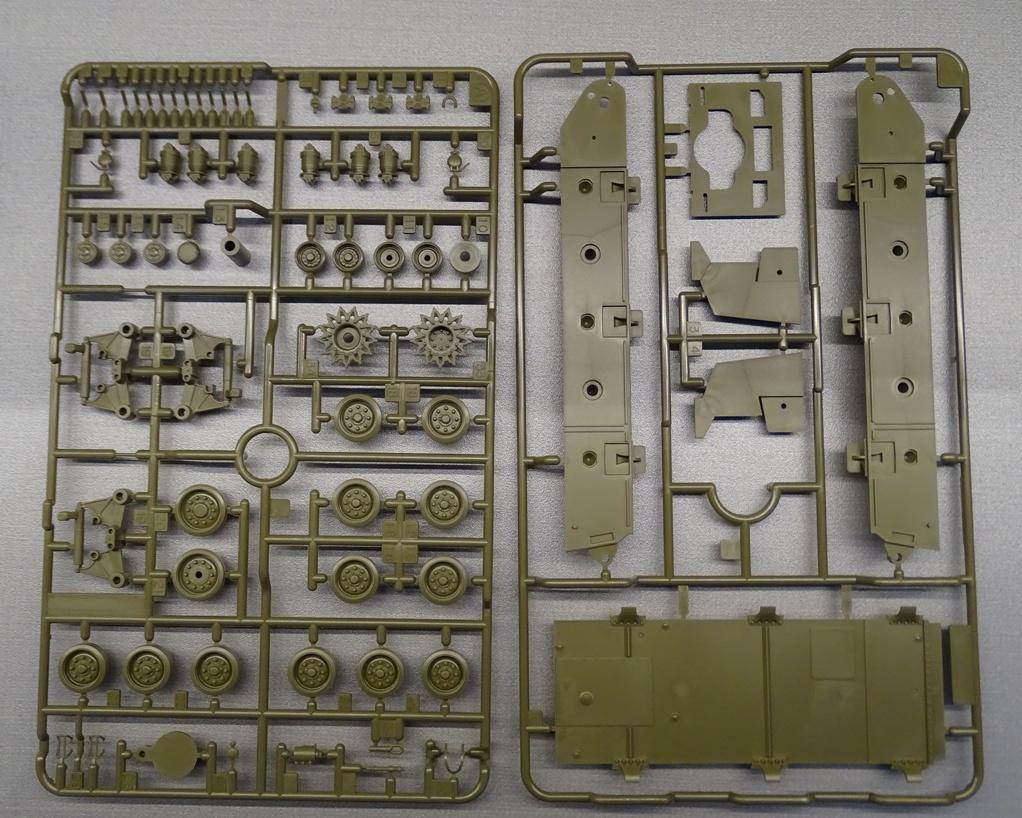[Tamiya 1/35] Sherman M4A3E8 - Terminé M4A3-grappe-4