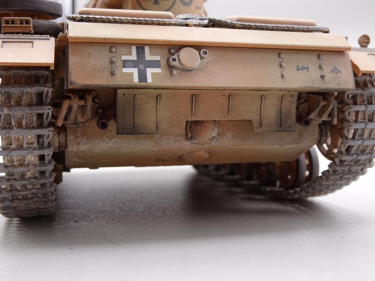 [Tamiya 1/35] Pz III Ausf.N (Sd.Kfz.141/2) réf. 35290 - Page 2 PZIII-fini-6