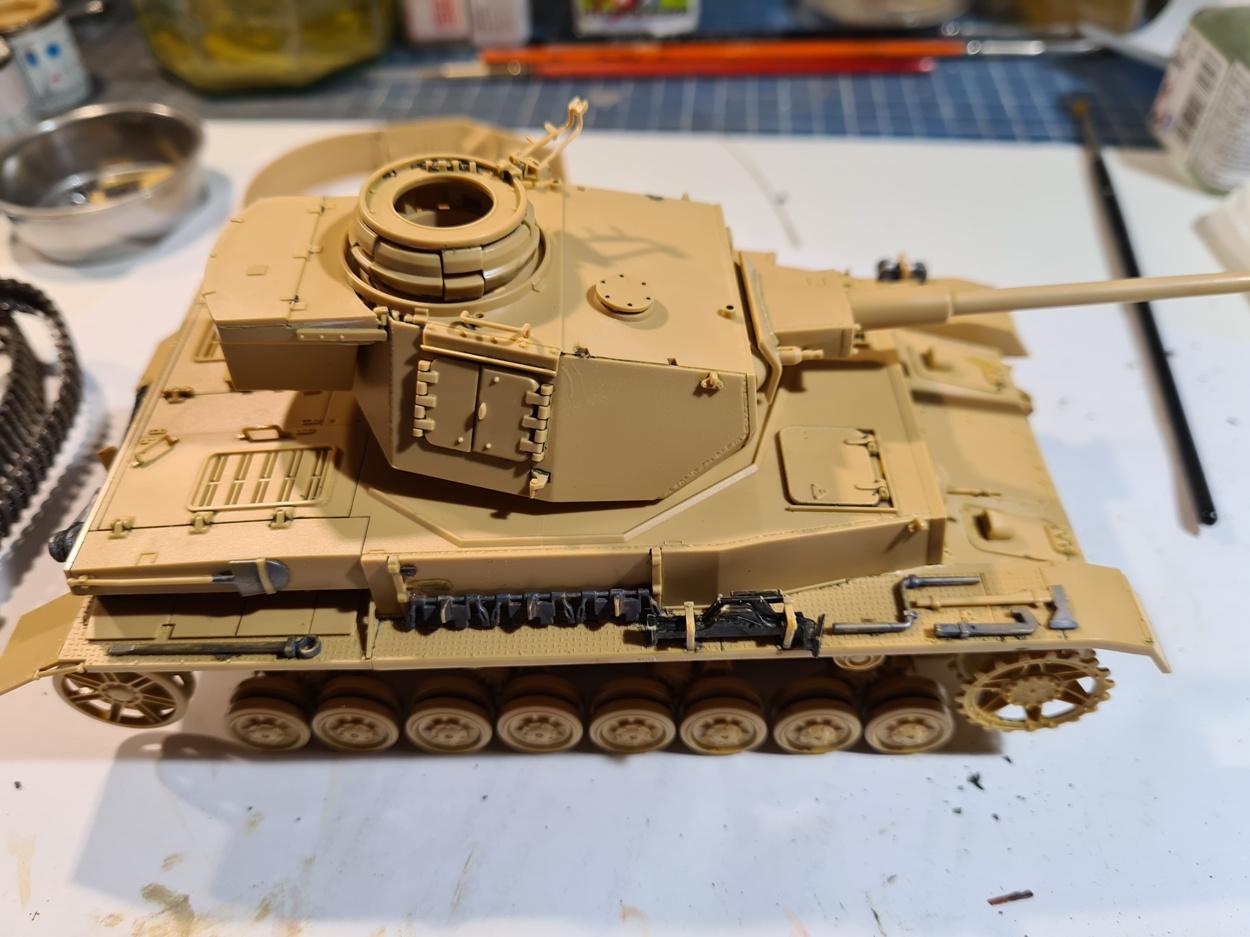 PzIV Ausf.J Tamiya 1/35° - Reprise 29-09-20 - Page 4 PzIV-repr-5