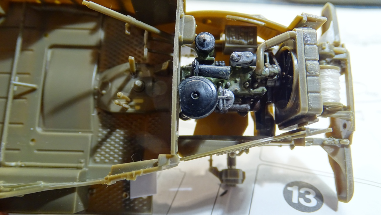 [AFV Club 1/35 - Dodge WC57 Patton WC57-corrm