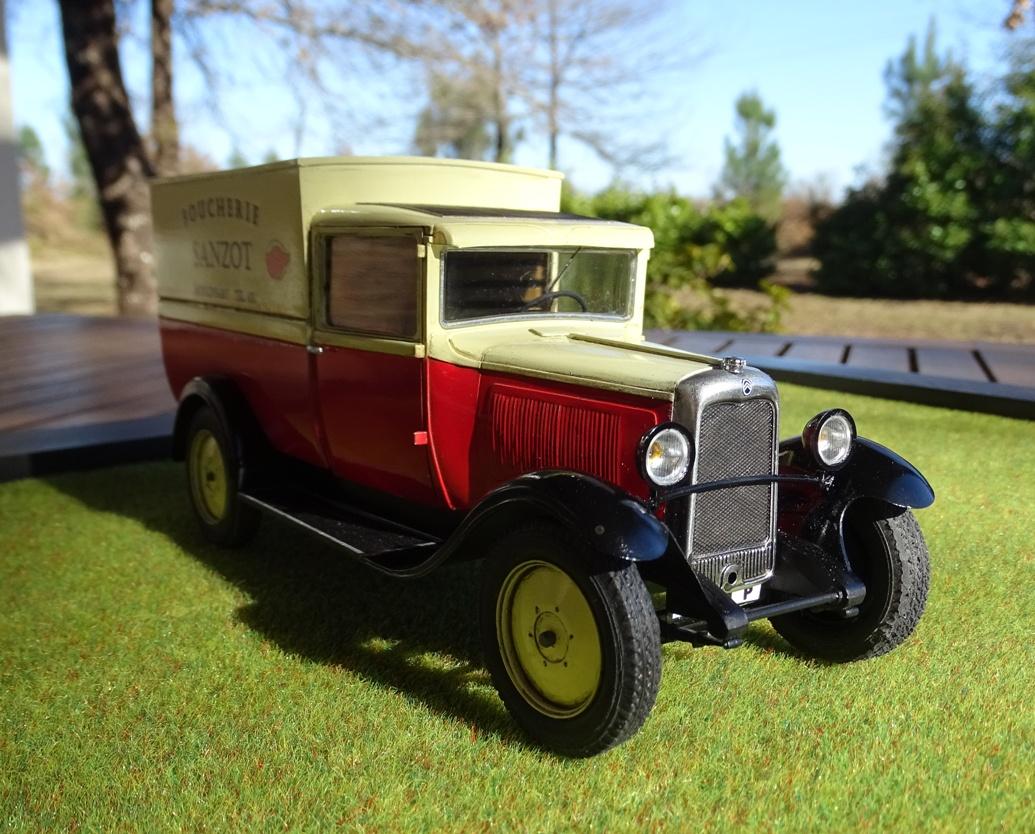 Citroën C-4 Fourgonnette 1928 réf. 80703 C4c-fin-3