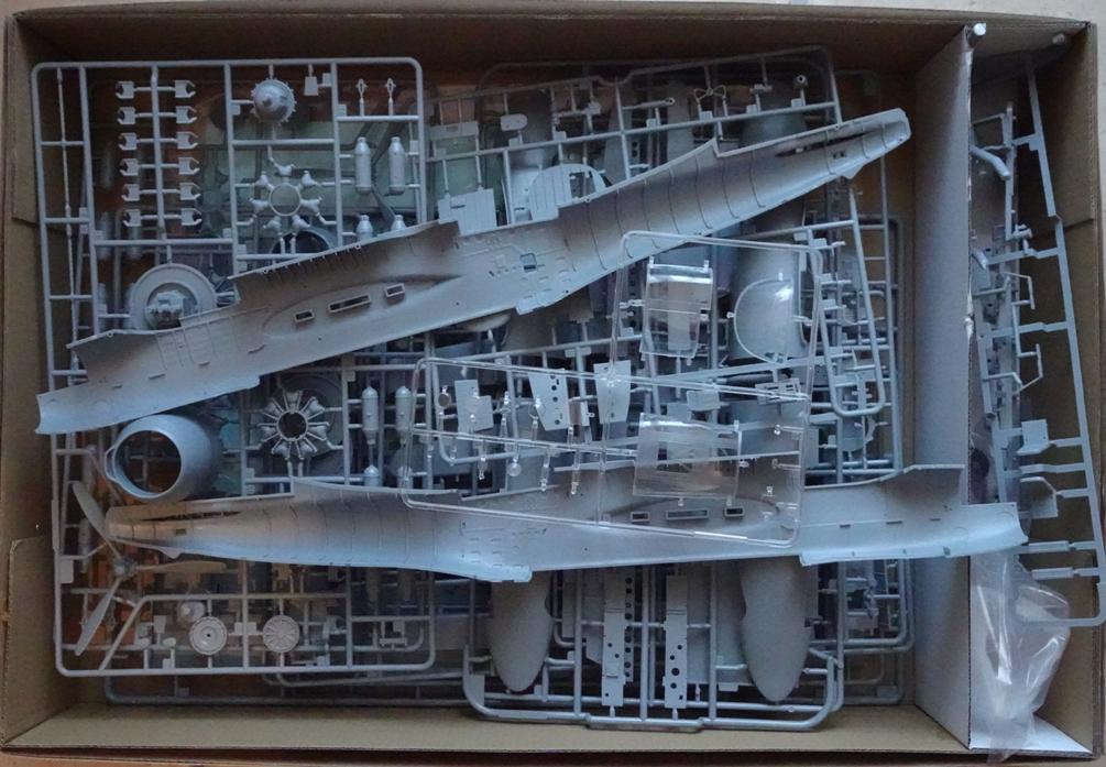 [HobbyBoss 1/32] Douglas A-26C Invader A26-grappes